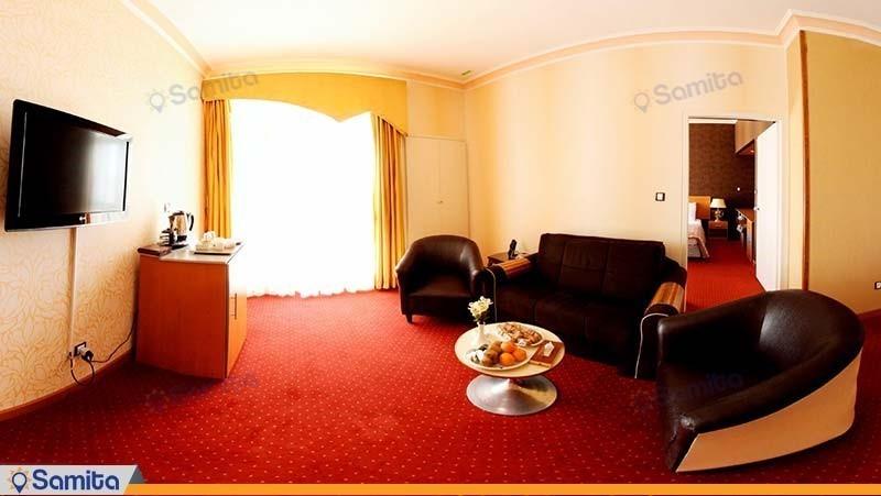 سوئیت معمولی هتل پارسیان آزادی شهرکرد