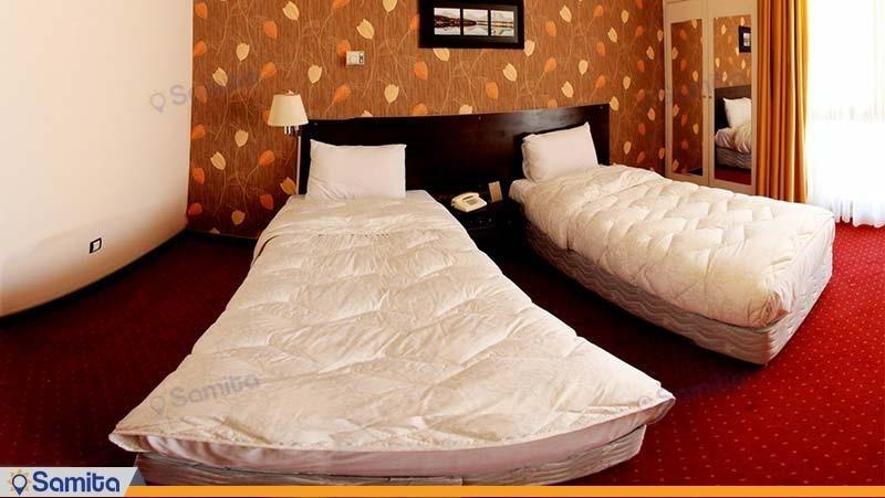 اتاق دو تخته هتل پارسیان آزادی شهرکرد