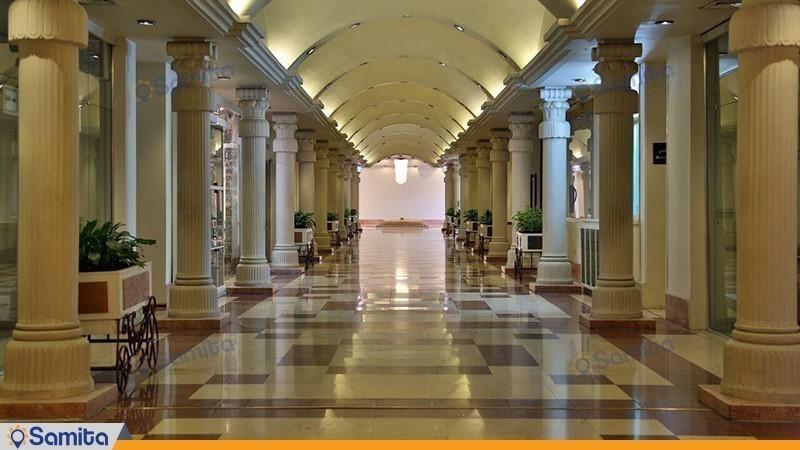 Homa Hotel Corridor