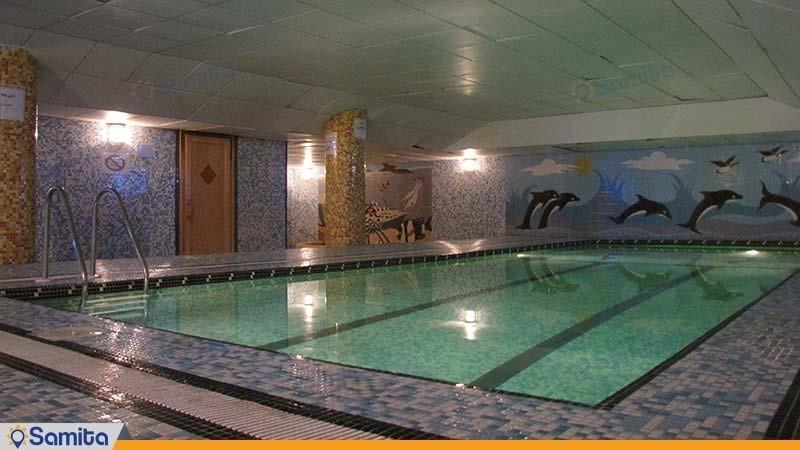حمام السباحة فندق برسبوليس