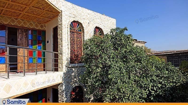 نمای ساختمان هتل سنتی راز