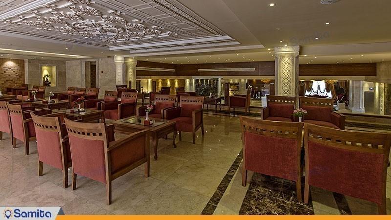 رستوران هتل زندیه