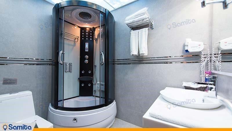 سرویس بهداشتی اتاق دبل هتل بین المللی بوتیک آرامیس