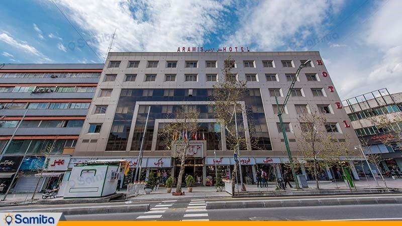 نمای ساختمان هتل بین المللی بوتیک آرامیس