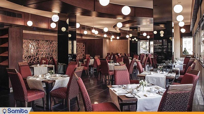 رستوران ایرانیان هتل اسکان الوند