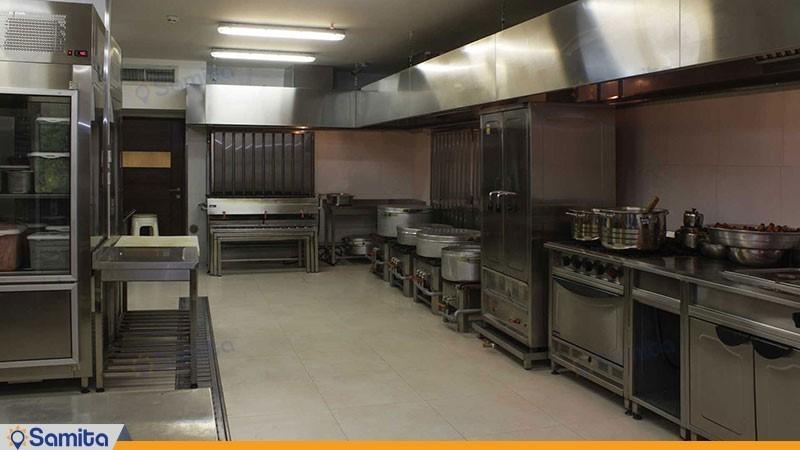 آشپزخانه هتل اسکان الوند