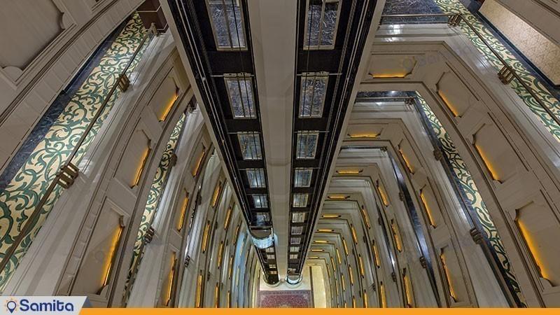 نمای رو به پایین هتل اسپیناس خلیج فارس