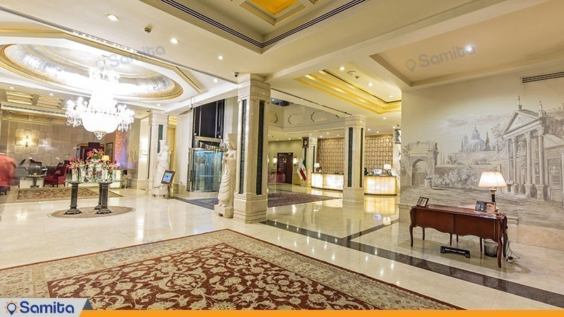 لوبي فندق اسبيناس خليج فارس