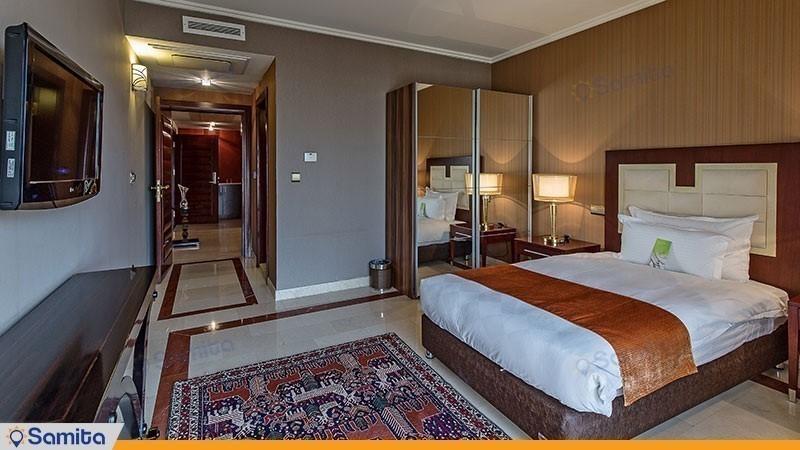 اتاق یک تخته هتل اسپیناس خلیج فارس