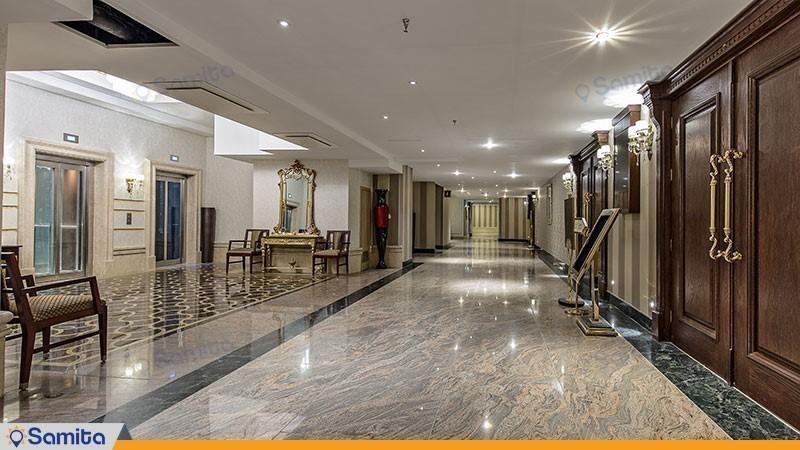 ممر فندق اسبيناس بالاس