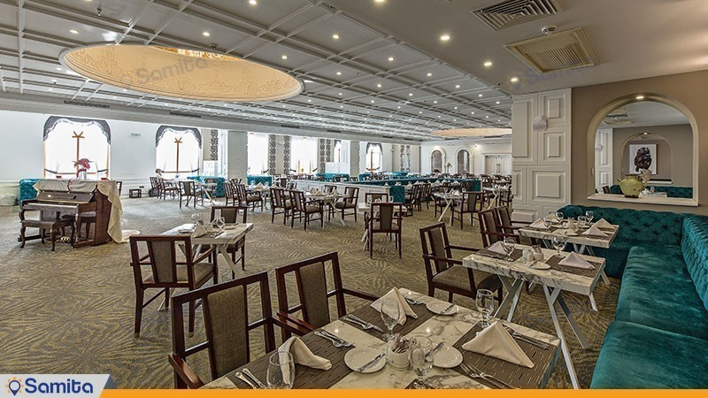 رستوران هتل اسپیناس پالاس