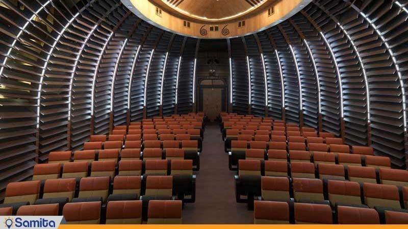 آمفی تئاتر هتل بزرگ فردوسی تهران