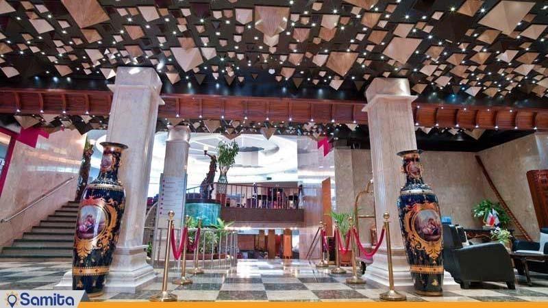 لابی هتل بزرگ فردوسی تهران