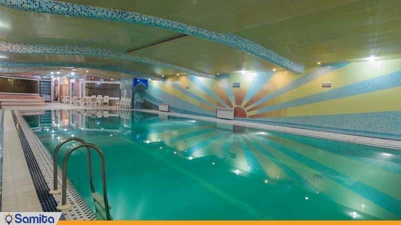 حمام السباحة فندق الكبير فردوسي طهران