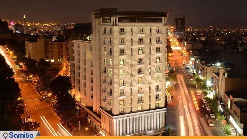 نمای ساختمان هتل بزرگ تهران