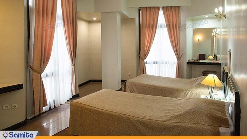 اتاق توئین هتل بزرگ تهران