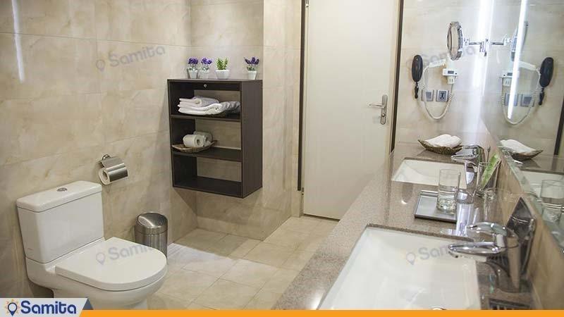 سرویس بهداشتی هتل بزرگ تهران