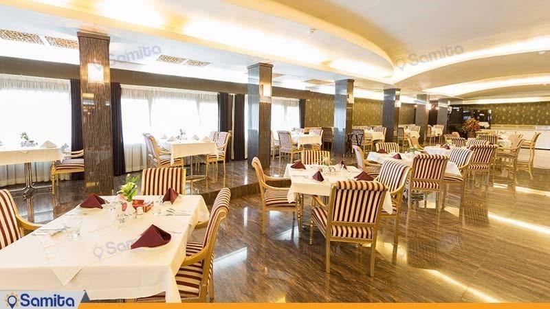 رستوران هتل هویزه