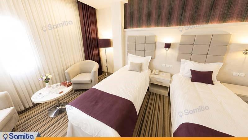 اتاق دو تخته هتل هویزه