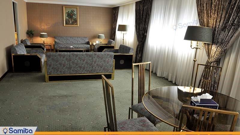 سوئیت جونیور هتل لاله تهران