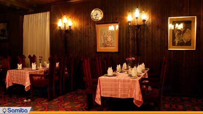 رستوران روتیسر هتل لاله تهران