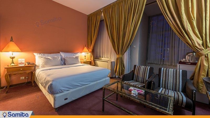 اتاق دو تخته غربی هتل پارسیان استقلال