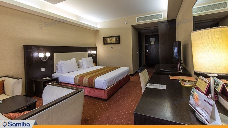 غرفة مزدوجة فندق بارسيان اوين طهران