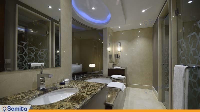 سرویس بهداشتی سوئیت لاکچری هتل آنا ارومیه