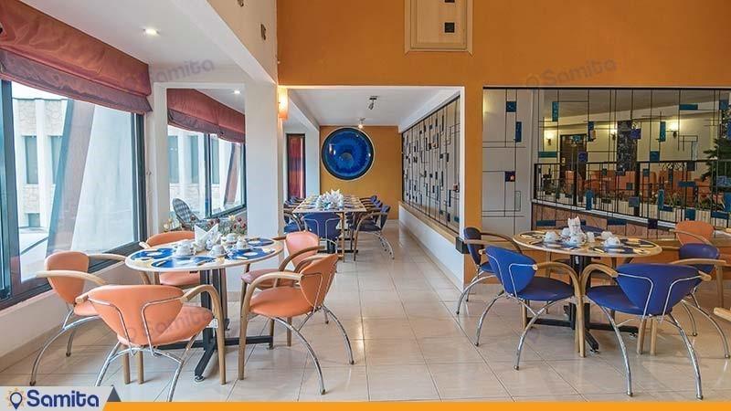 سالن صبحانه خوری هتل باری
