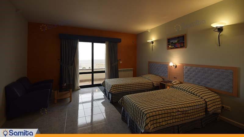 اتاق سه تخته دنیز هتل باری ارومیه
