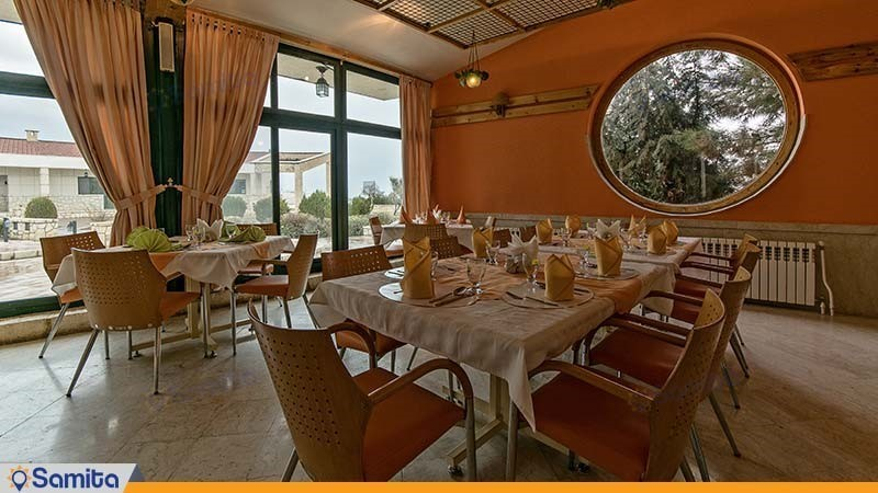 رستوران هتل باری