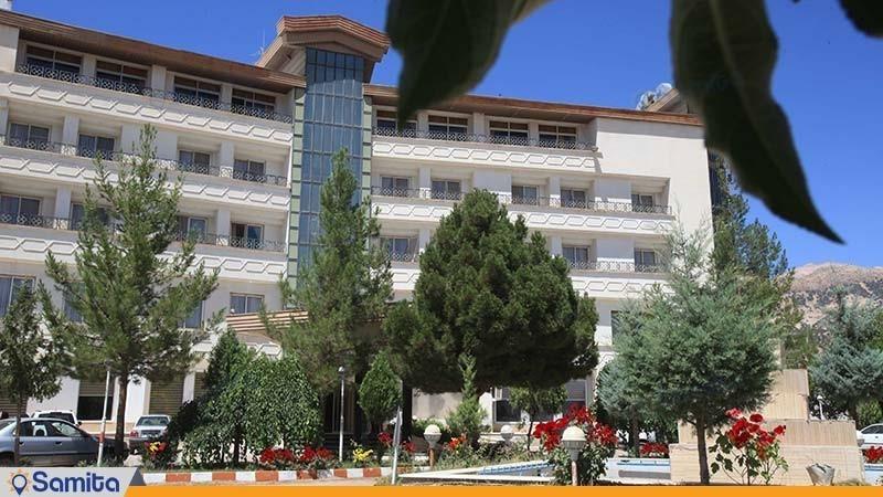 نمای ساختمان هتل پارسیان آزادی یاسوج