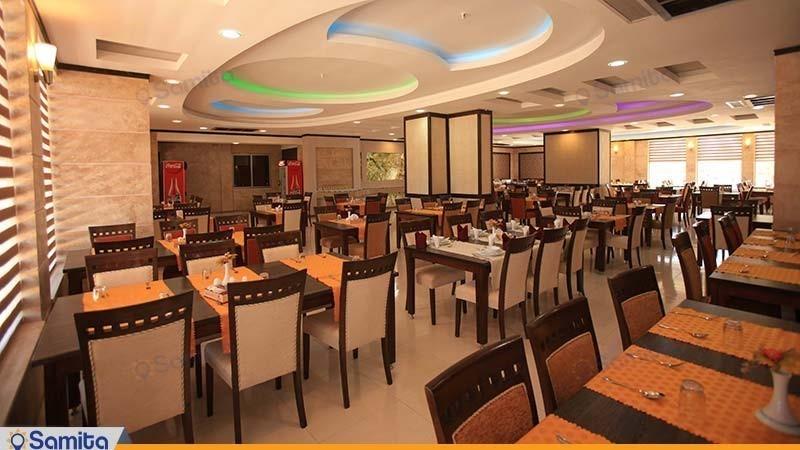 رستوران هتل پارسیان آزادی یاسوج