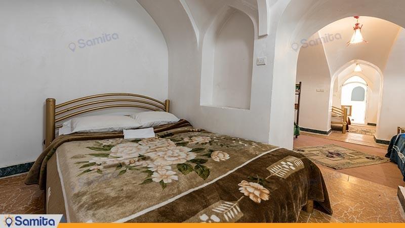 اتاق پنج تخته هتل سنتی کوروش
