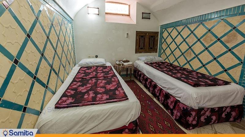 اتاق چهارتخته هتل سنتی لب خندق