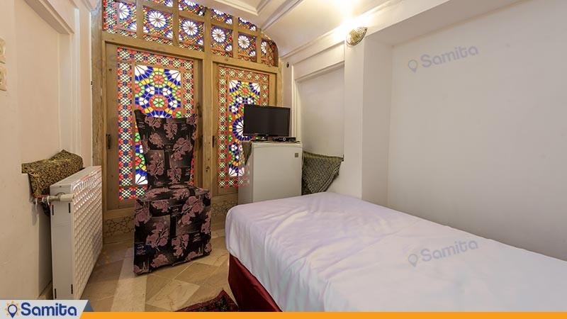 اتاق یک تخته هتل سنتی ملک التجار